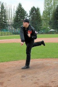 150426_Homeopener_Berlin_Flamingos_First_Pitch_IMG_6228